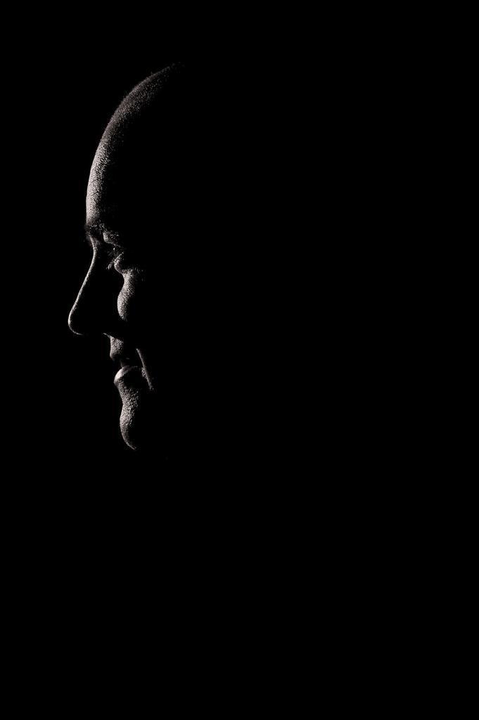 Omslagsjobb fd stadsminister Fredrik Reinfeldt för magasinet Fokus